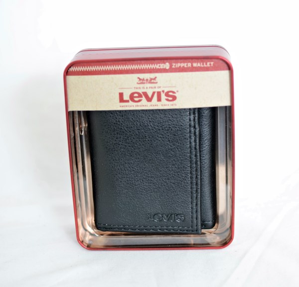 Levi's Black Trifold Leather Wallet