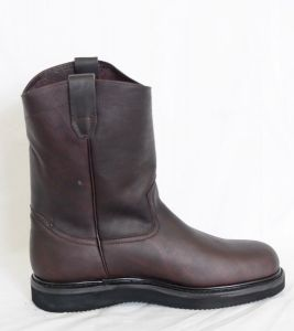 Dustin Mens Wine Round Toe Work Boots with Pinstripe Sole