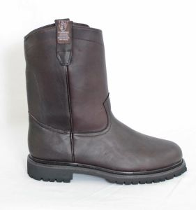 Dustin Mens Wine Round Toe Work Boots with Tractor Sole